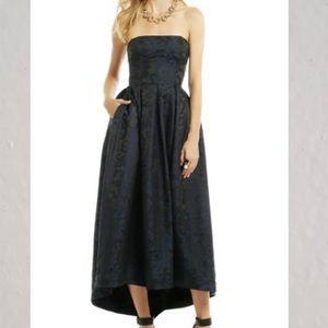 MONIQUE LHUILLIER strapless dress gown size 8